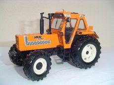 30113 Fiat DT 1580 in kommunal Orange