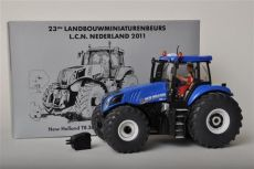 3273 New Holland T8.300 LCN Zwolle     Siku Traktor