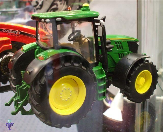 John Deere 4445 : John deere r traktor siku