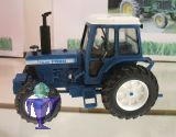 42840 Ford TW20    Traktor