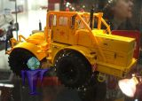 7715 Kirovets K700 A in gelb
